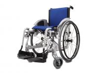 כסא גלגלים ספורטיבי קל משקל Revolution